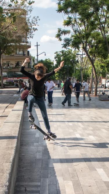 skater-girl_34957348703_o
