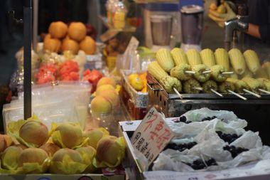 peaches-and-corn_15473908421_o